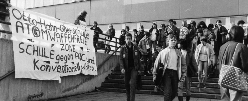 … Friedensdemo  … Okt. 1983 …